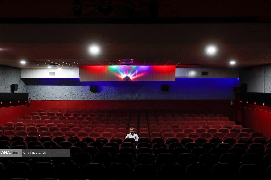 هزینه کمرشکن سینمای تعطیل شده را باید جبران کنیم، از تیرماه با قدرت سینما را باز می کنم