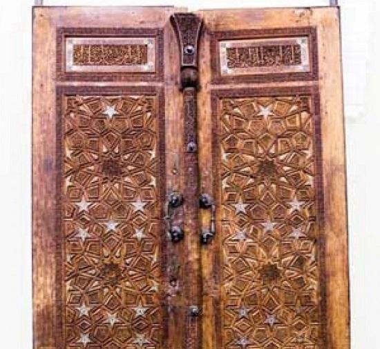 قدیمی ترین درِ چوبی حرم امام رضا (ع)