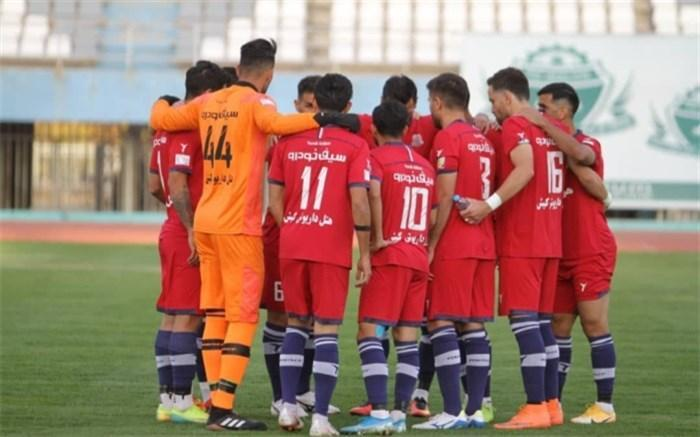 بیانیه باشگاه نساجی: در فوتبال ایران هر چه بیشتر بی احترامی کنید، بیشتر مورد لطف قرار می گیرید